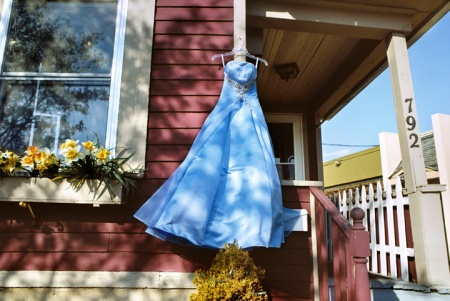 South_Wedge_Blue_secondhand_prom_dress_(RNW)